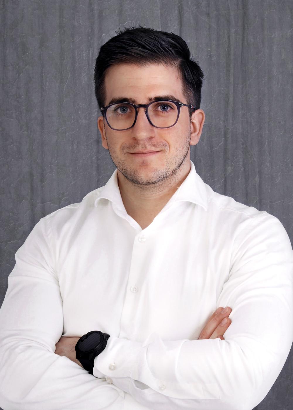Dr. Ágoston Barnabás